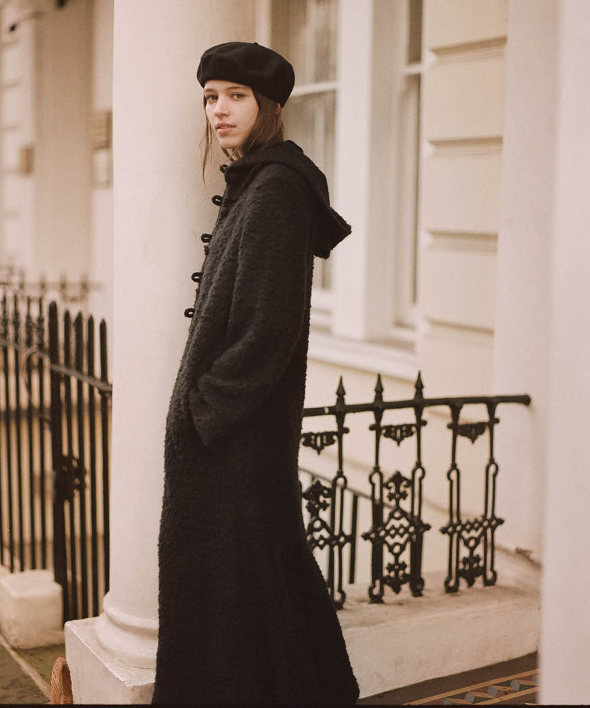 The Primrose Coat | Noir