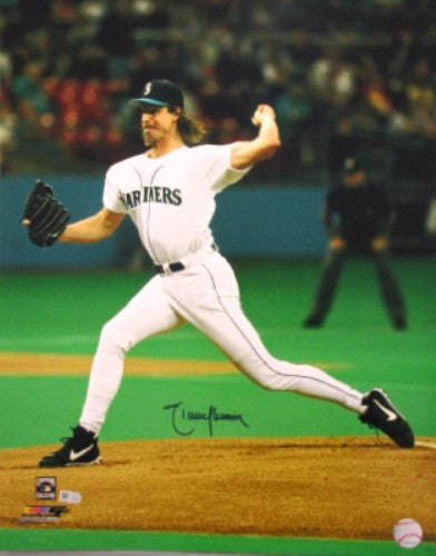 Randy Johnson Autographed 16x20 Photo - MLBPAA - Dropship Direct Wholesale