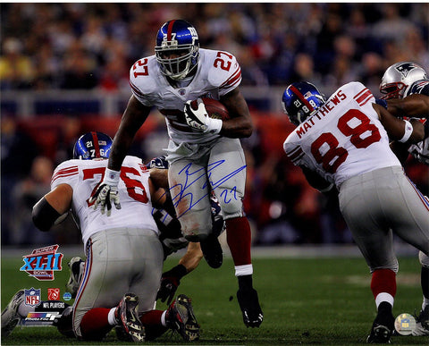 Brandon Jacobs Signed Running Through the Patriots Line 16x20 Photo