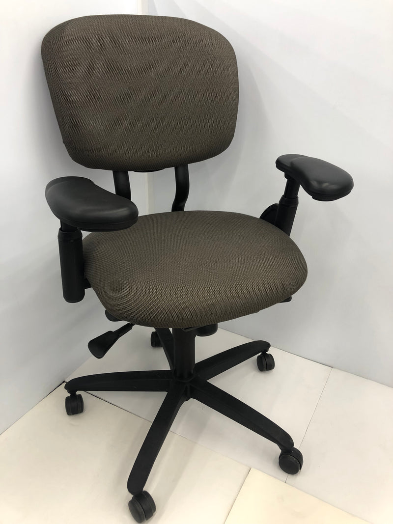 Hayworth Improv HE desk chair