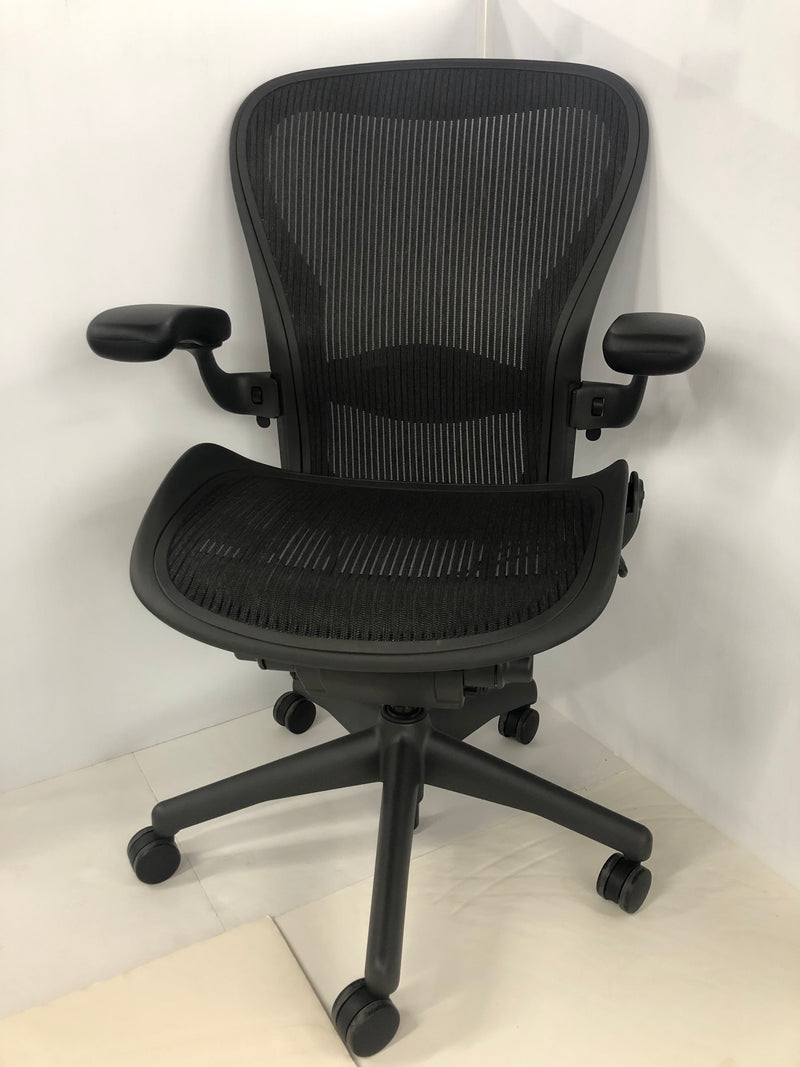 Herman Miller Aeron Swivel Chair Size C - Black