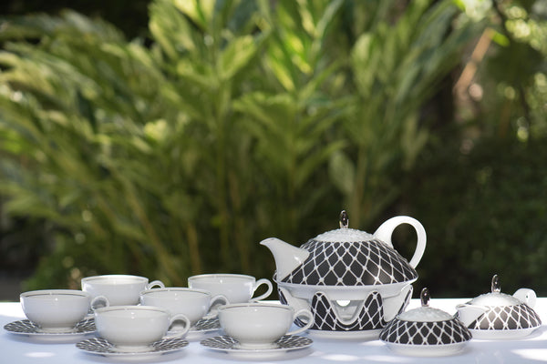 Stockholm Tea Set White Black