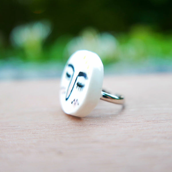 Sleepy Face Ceramic Ring