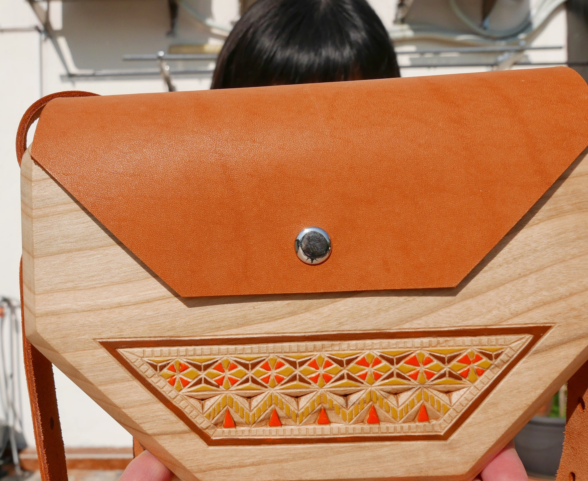 Wooden Bags (Hexagon . Sand Leather / Alder Wood / Coloured Patterns)