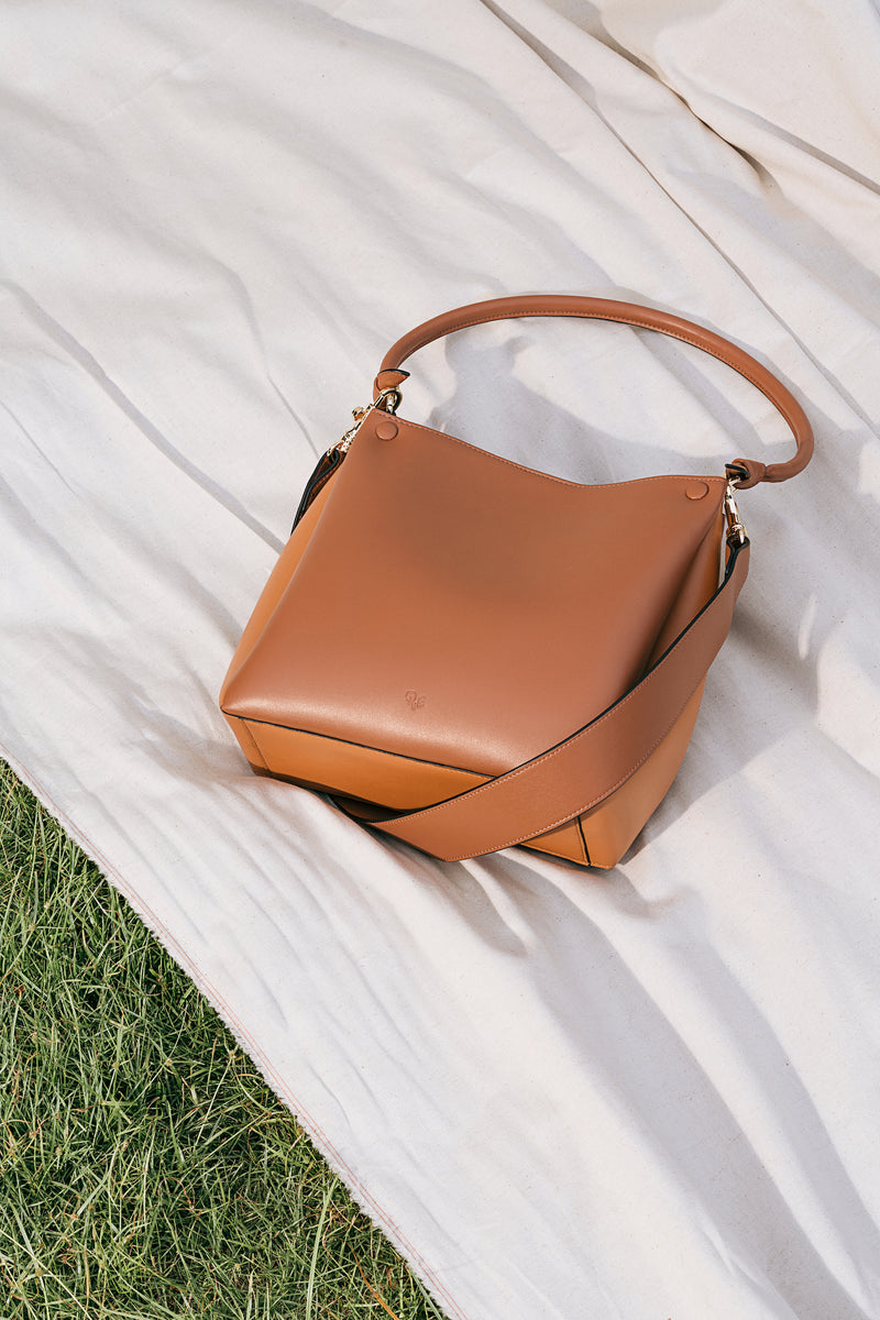 Mini Two-Tone Tote (caramel & tan)