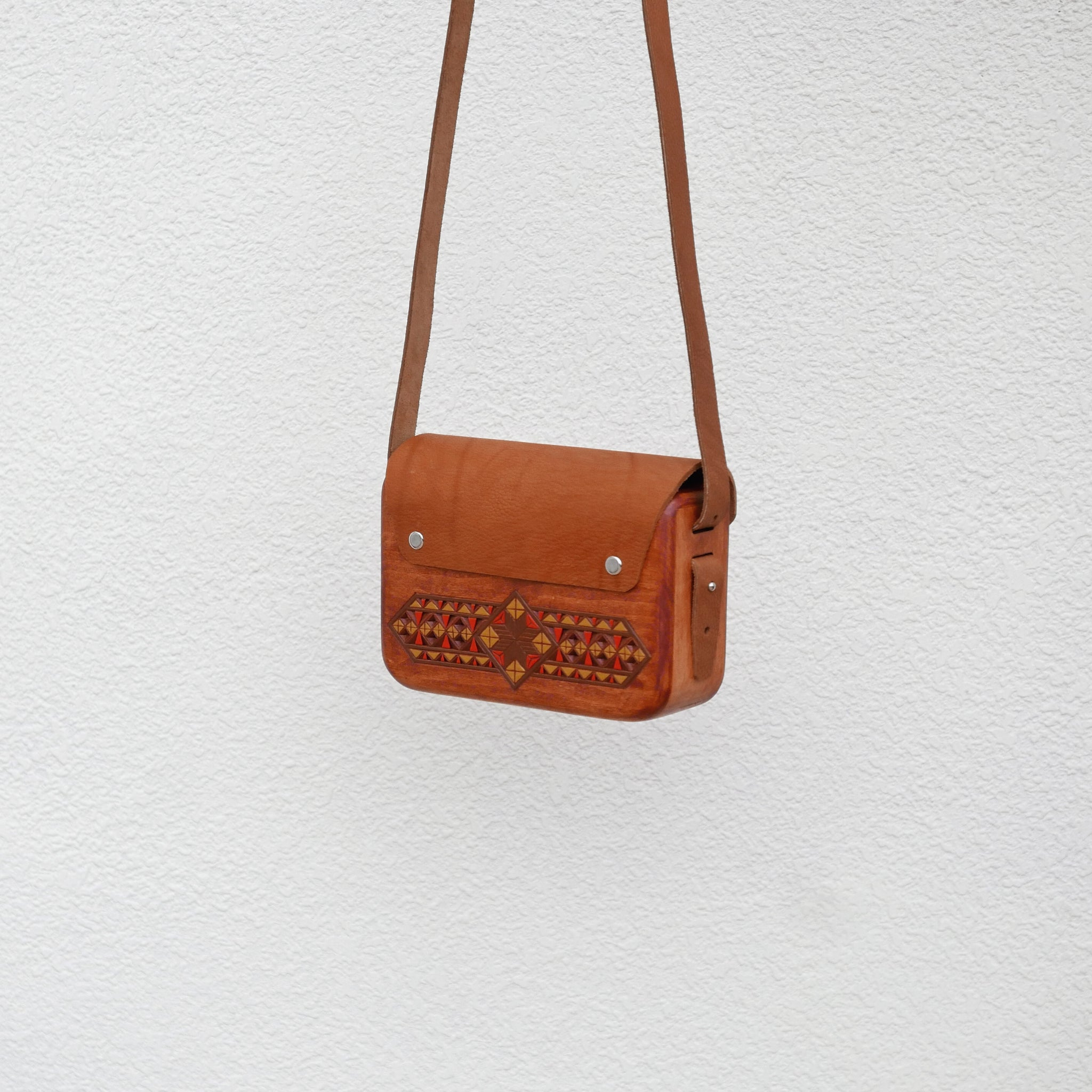 Wooden Bags (Rectangle . Brown Leather / Walnut Wood / Coloured Patterns)