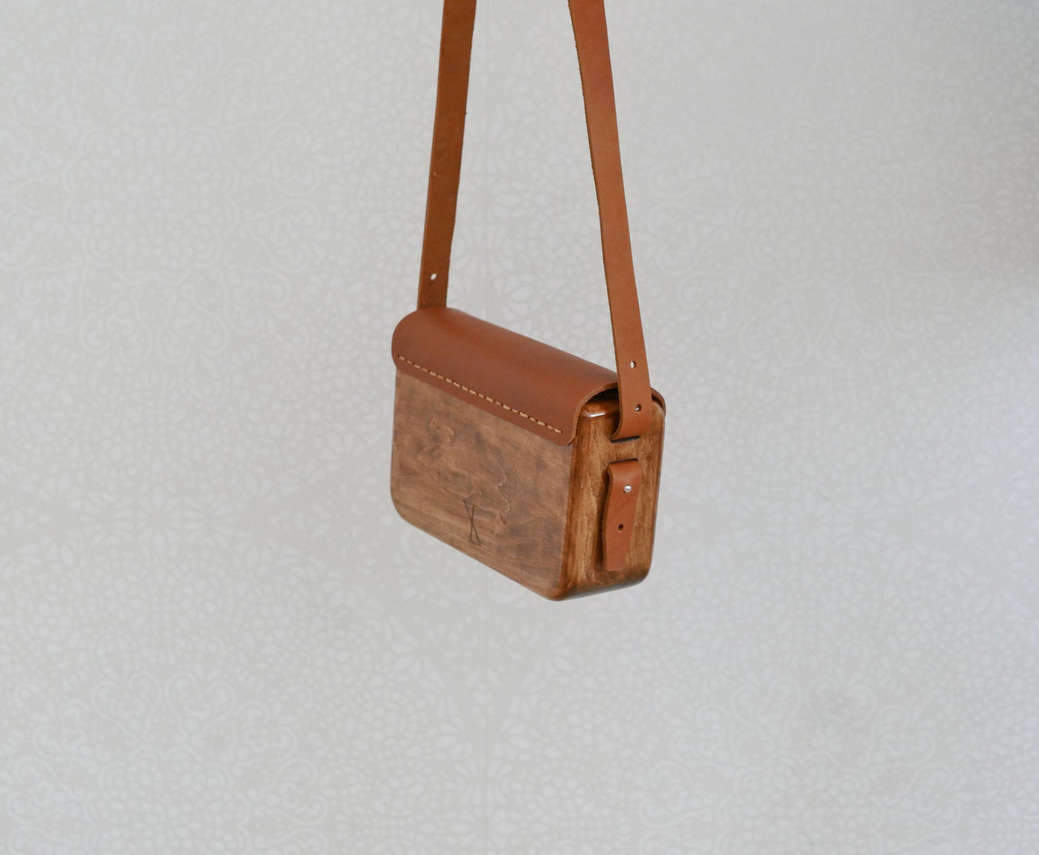 Wooden Bags (Rectangle . Brown Leather / Alder Wood / Plain)