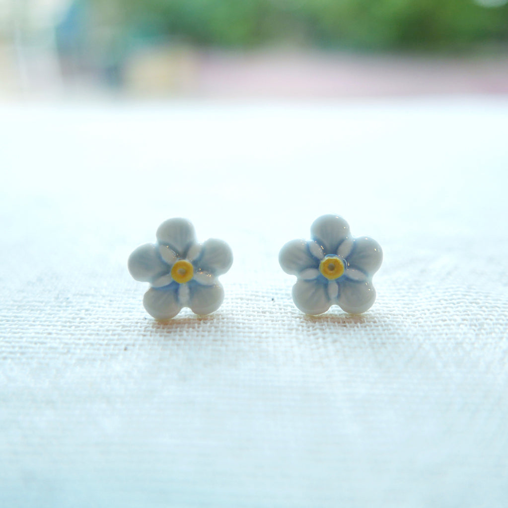 White Flower Ceramic Earrings