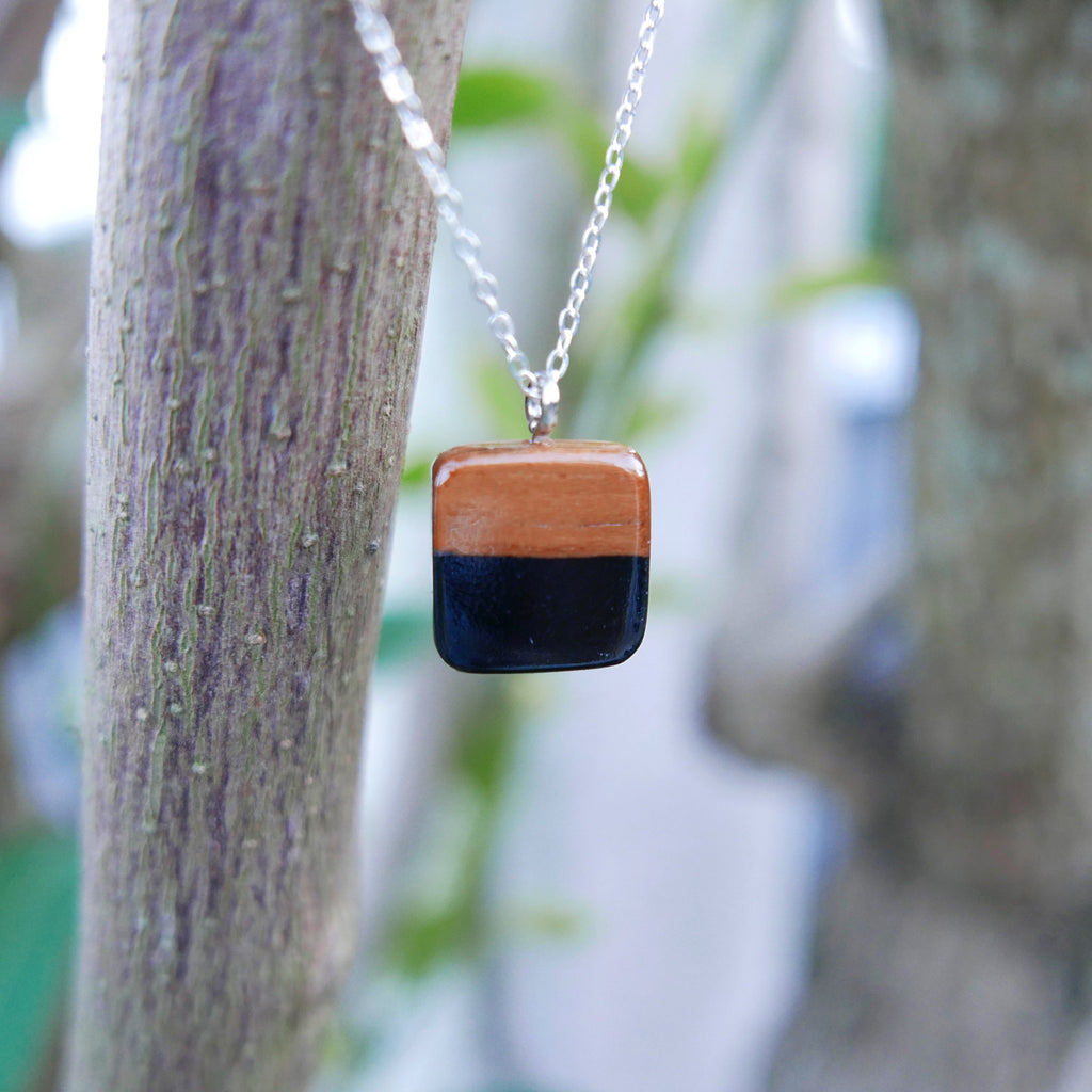 Little Wood Necklace (Black)