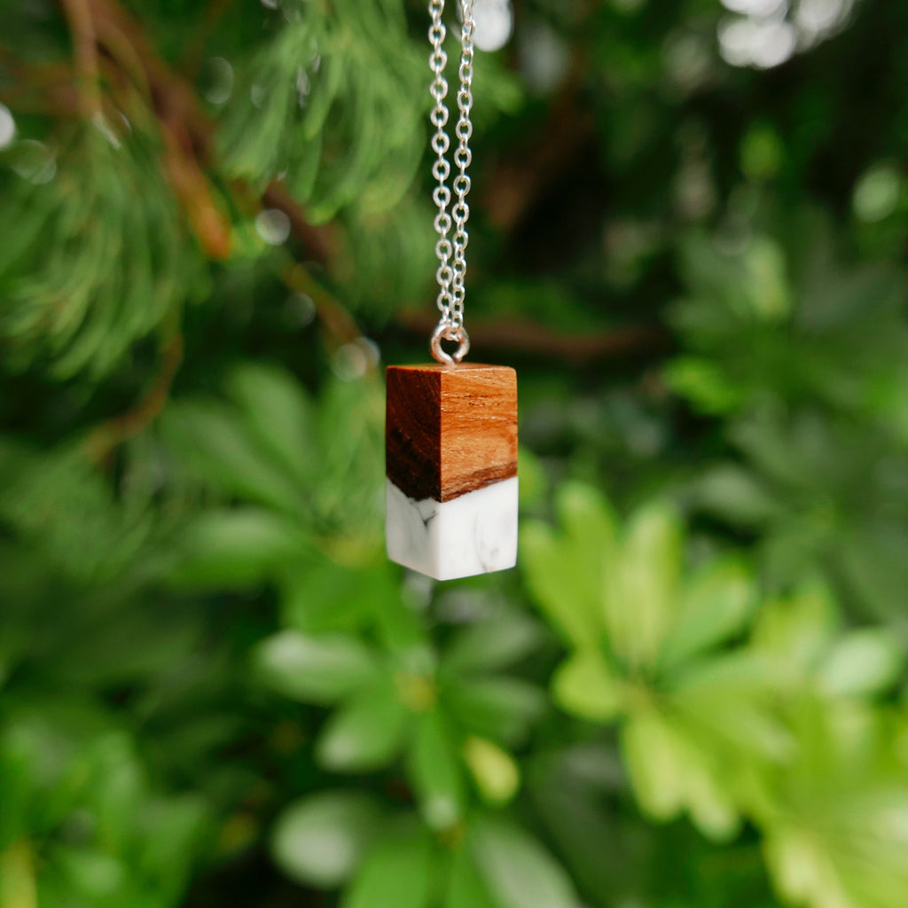 Little Wood Necklace (Marble)