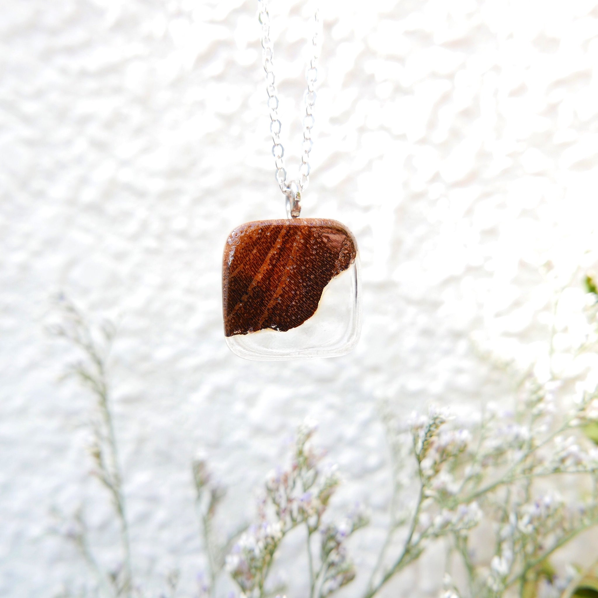 Little Wood Necklace (Clear)