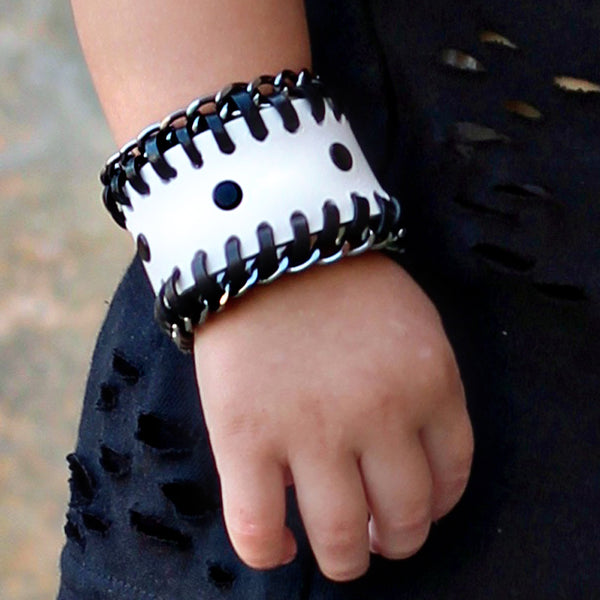 Chain Reaction Cuff