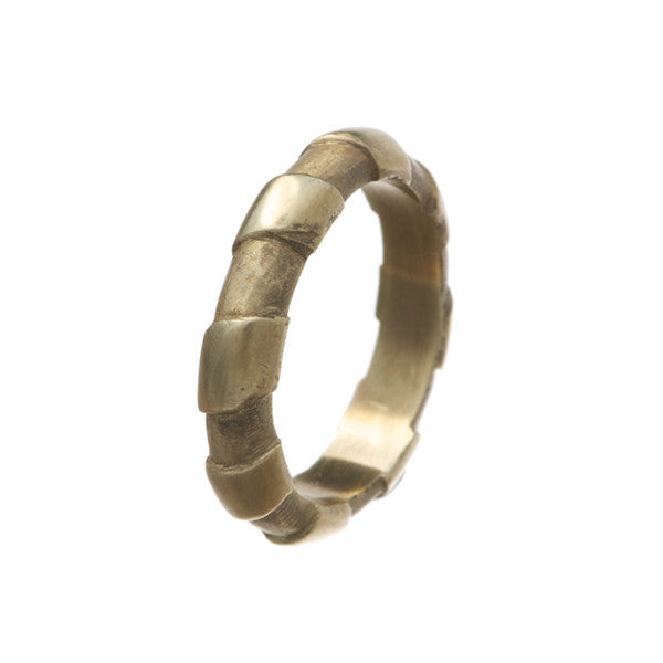 Striped 9ct Yellow Gold Narrow 'D' Shaped Ring