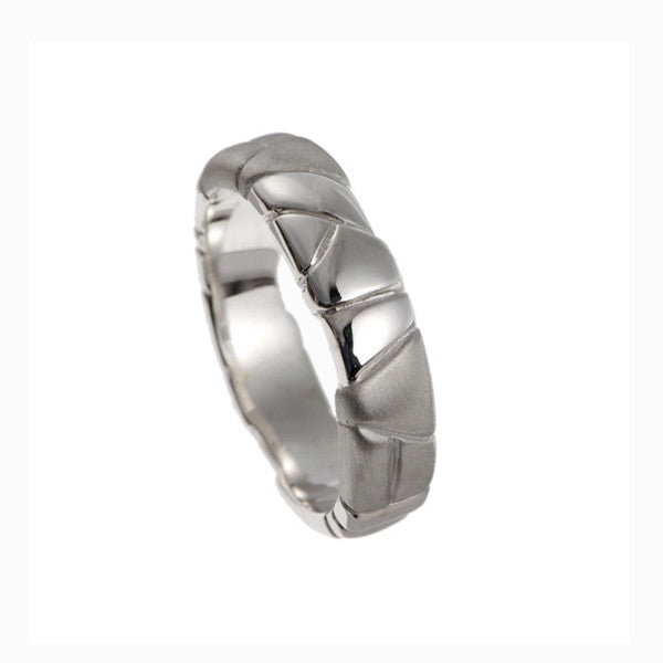 Rocks Platinum Meduim Band Ring
