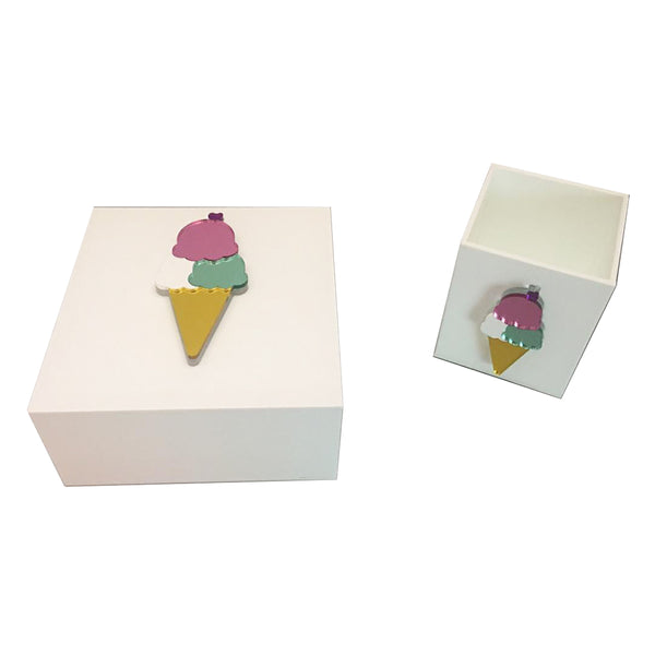 White Plexiglass Ice Cream