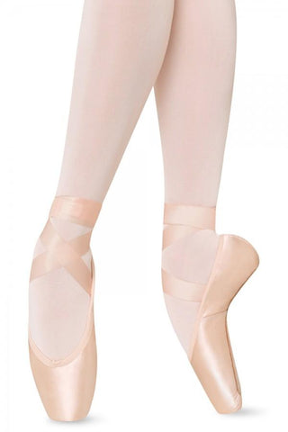 Bloch Axis w/ TMT Pointe Shoes