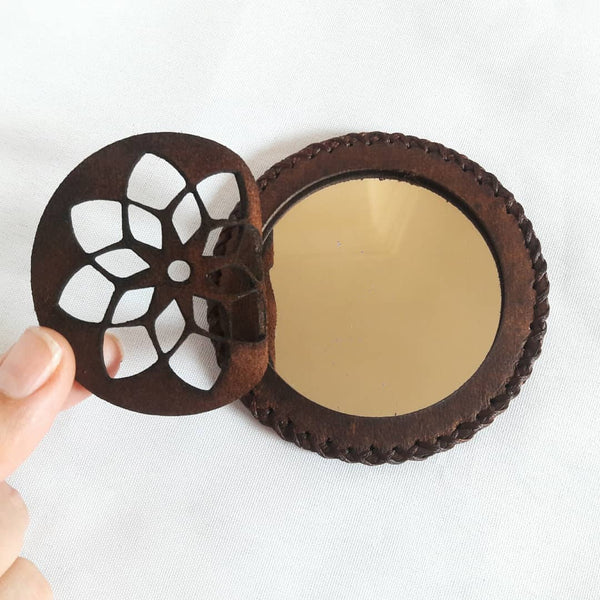 Brown Compact Mirror in Camel Leather