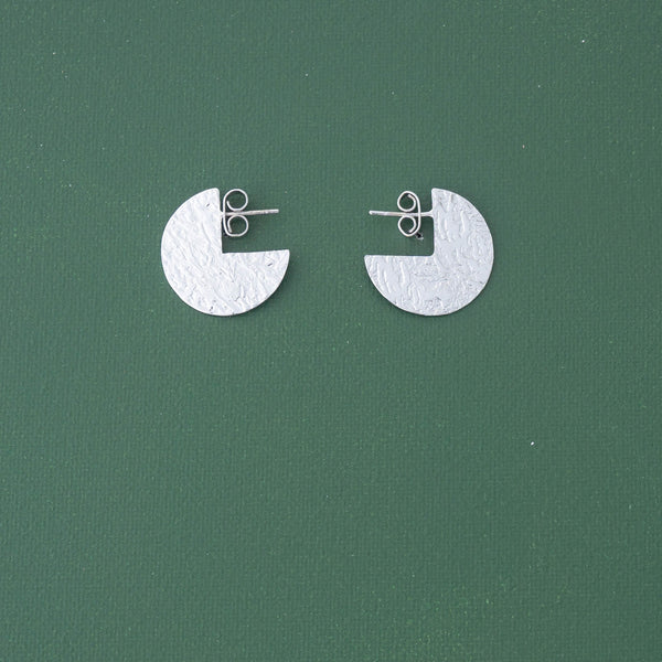 3/4 Dot Post Earrings in Silver - emme