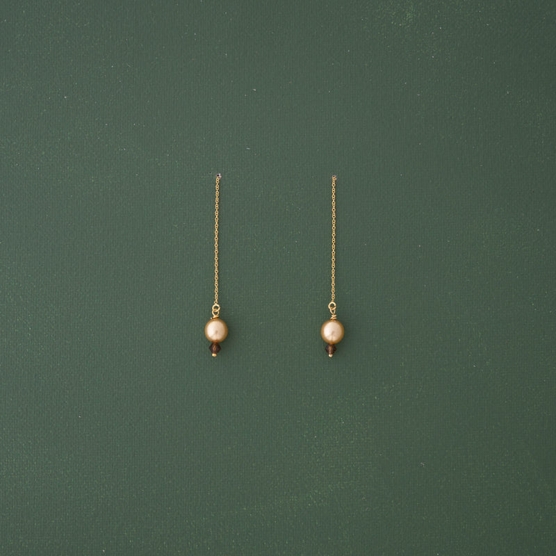 Amber Pearl Threader Gold Earrings - emme