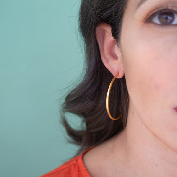 Lola Gold Hoop Earrings - emme
