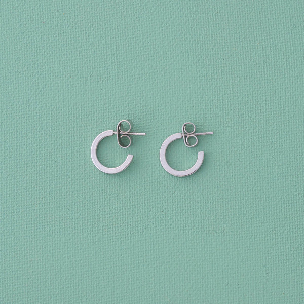 Mini Hoop Earrings & Paperclip Chain Set in Silver - emme