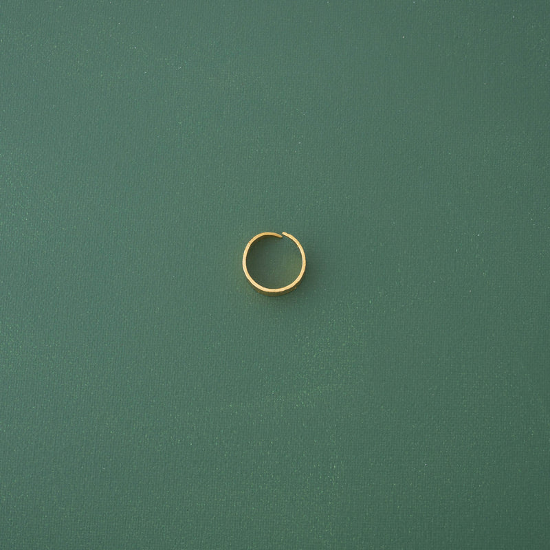 Modern Band Ring in Shiny Gold - emme