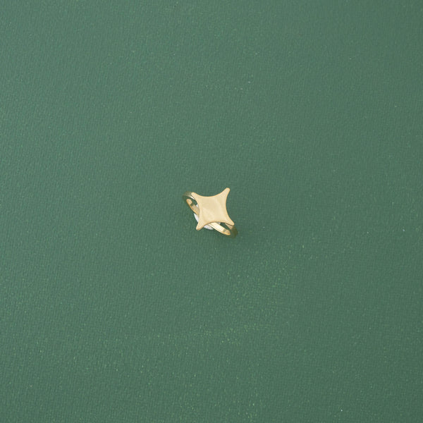 Star Cocktail Ring in Gold - emme
