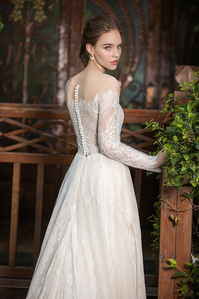 Eurica - Selena Huan Fench Chantilly lace long-sleeves off-the-shoulder ballgown dress