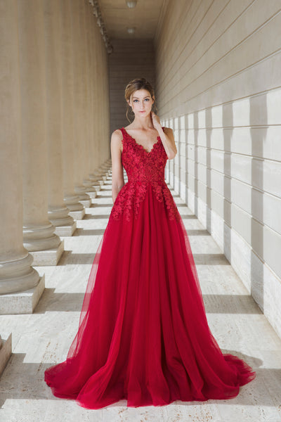 Mysteria - Selena Huan ruby red V-check lace light-weighted low-back A-line gown