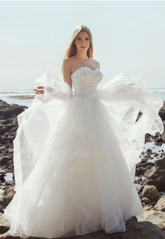 Princess Arrival - Selena Huan Crystal & Pearl Beaded Lace Strapless Layered Skirt Ball Gown