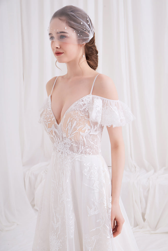 Artemis - Selena Huan Romantic Off-the-shoulder Strap Italy Embroidery Lace Ball Gown