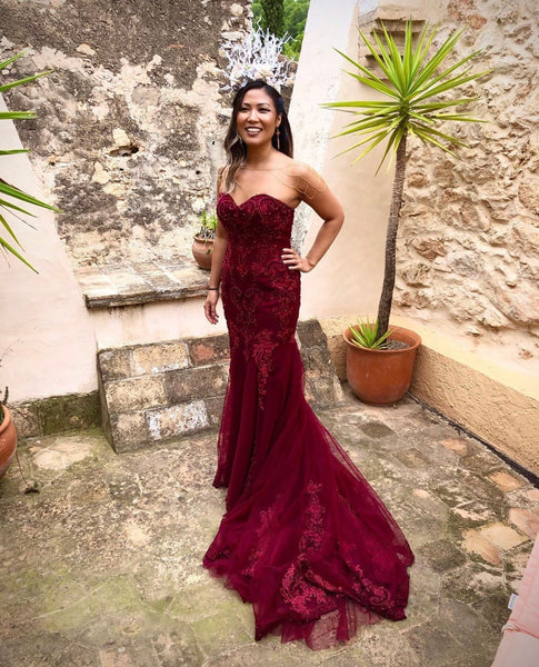 Red Marguerit - Selena Huan Strapless Beaded Chantilly Lace Mermaid Ruby Red Gown