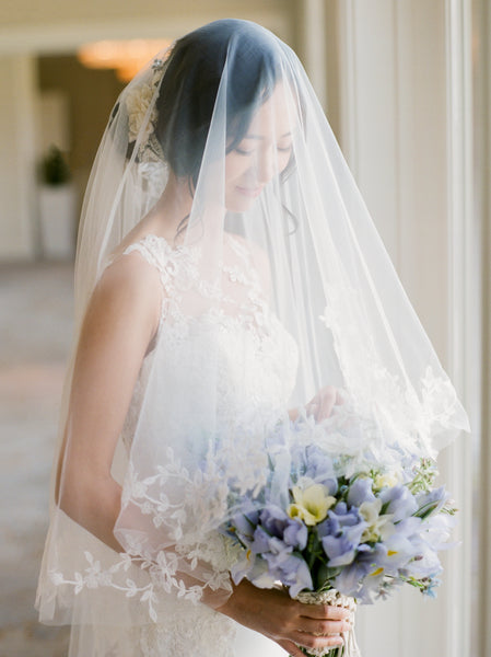 Venice floral lace hem double layer finger-tip length veil
