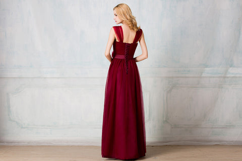 Sweetheart tulle-strap full-length bridesmaid dress