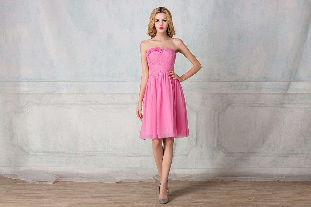Sweetheart strapless cocktail-length chiffon bridesmaid dress