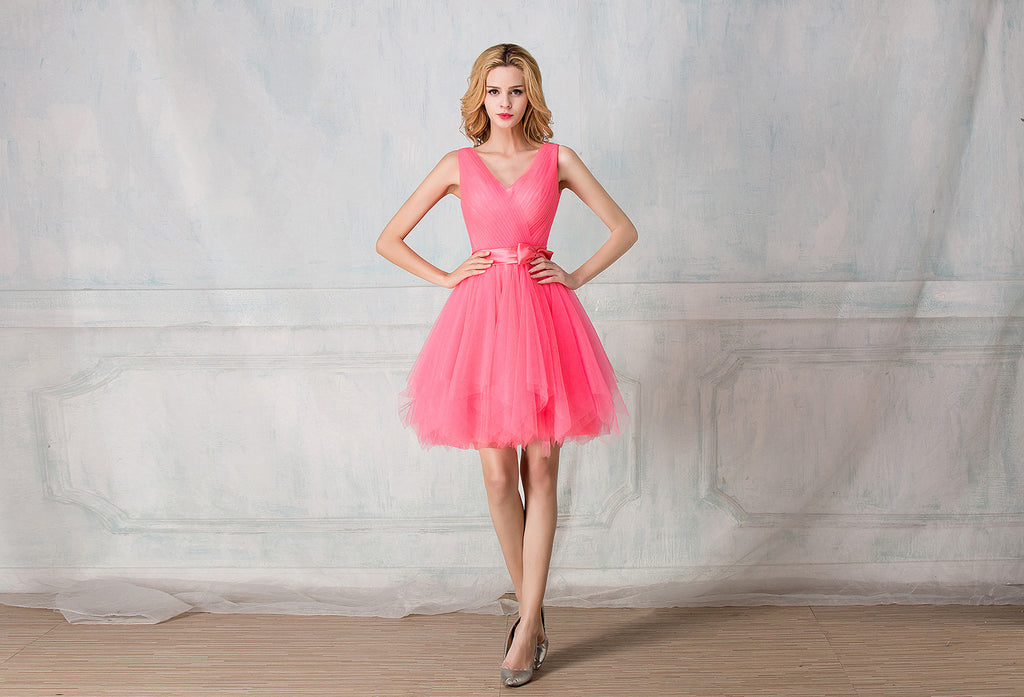 V-shape neckline cocktail-length tulle bridesmaid dress