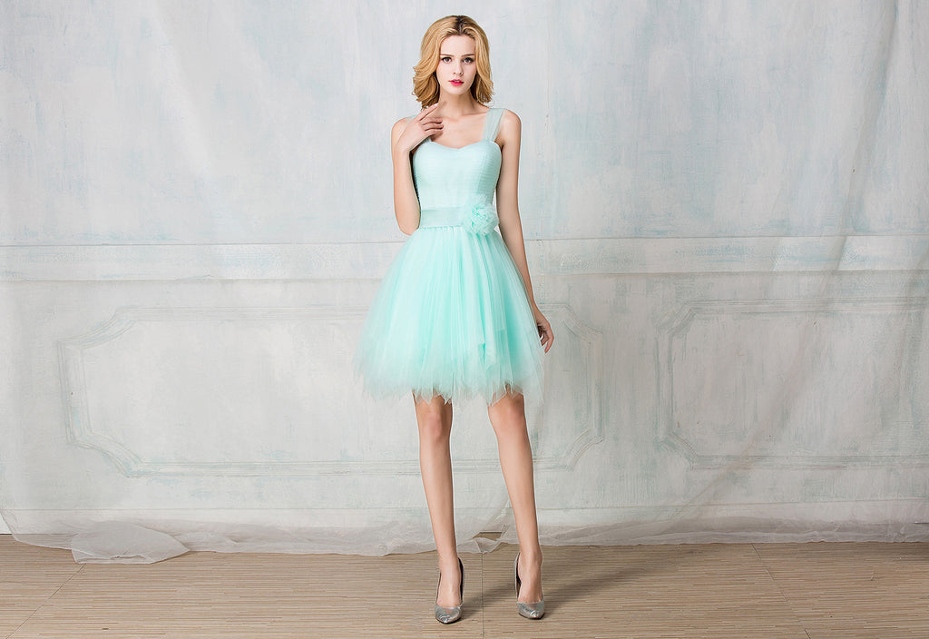 Sweetheart tulle-strape cocktail-length bridesmaid dress