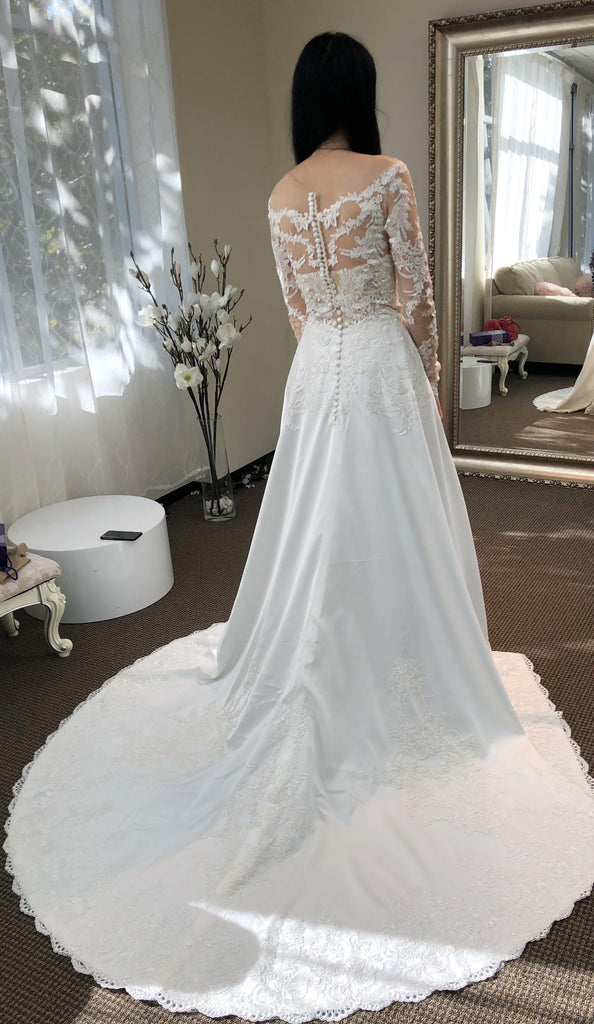 Frosted embroidered Chantilly lace appliqués lace long-sleeves wedding dress top
