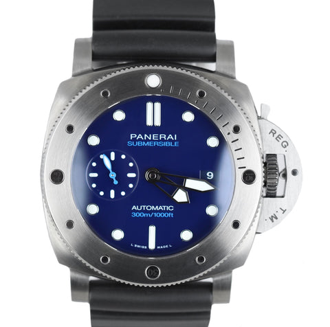 MINT Panerai Luminor Submersible Blue BMG-Tech Titanium PAM 692 47mm PAM00692