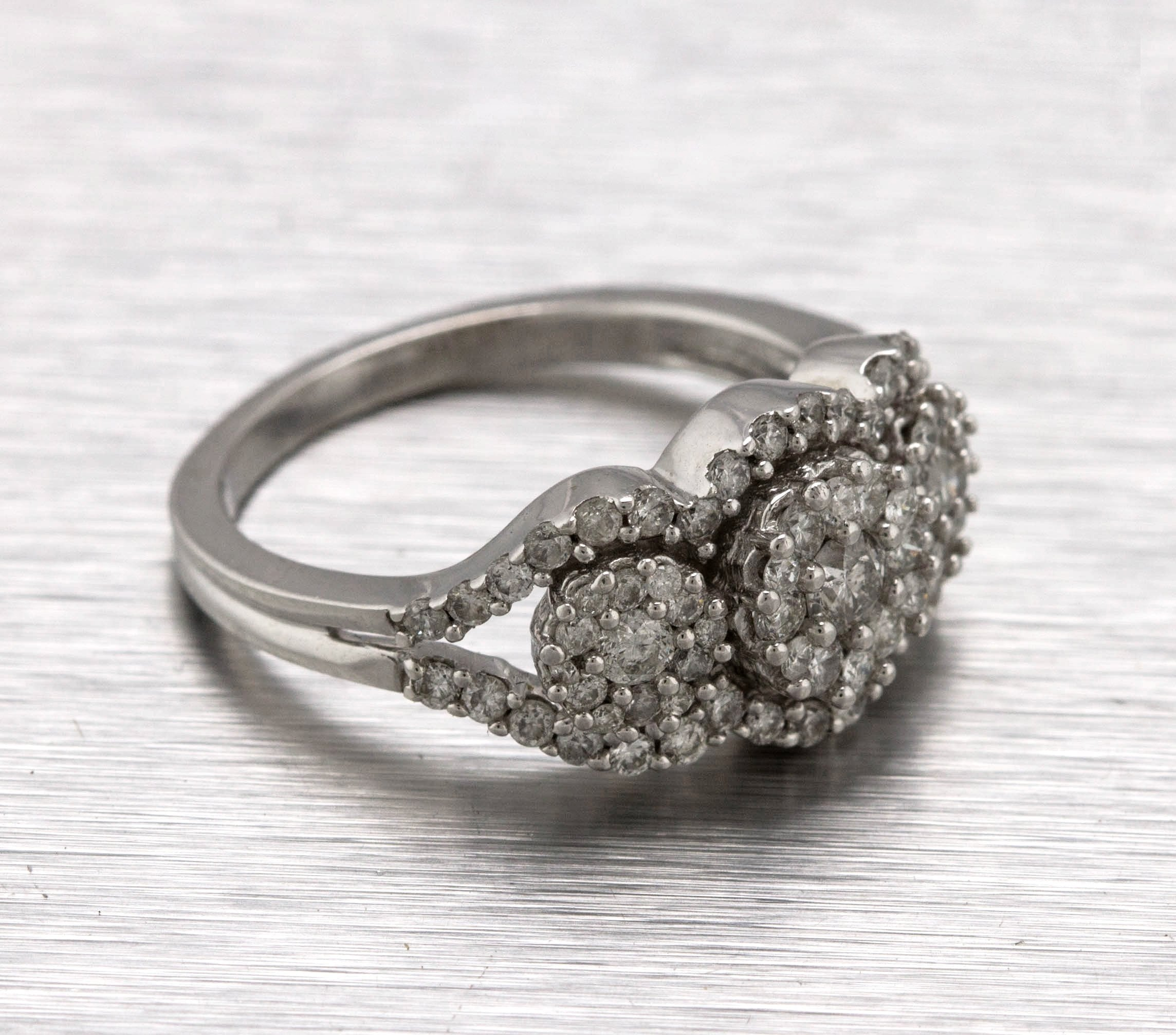 Lovely Ladies Modern 14K White Gold 1.50ctw Diamond Cluster Cocktail Ring