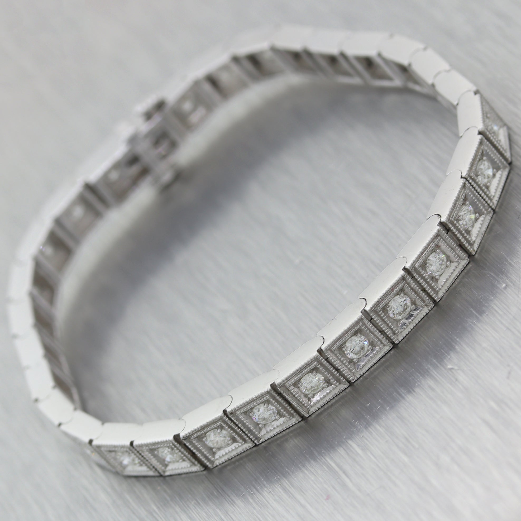 Kwiat 18k White Gold 3ctw Diamond Tennis Bracelet