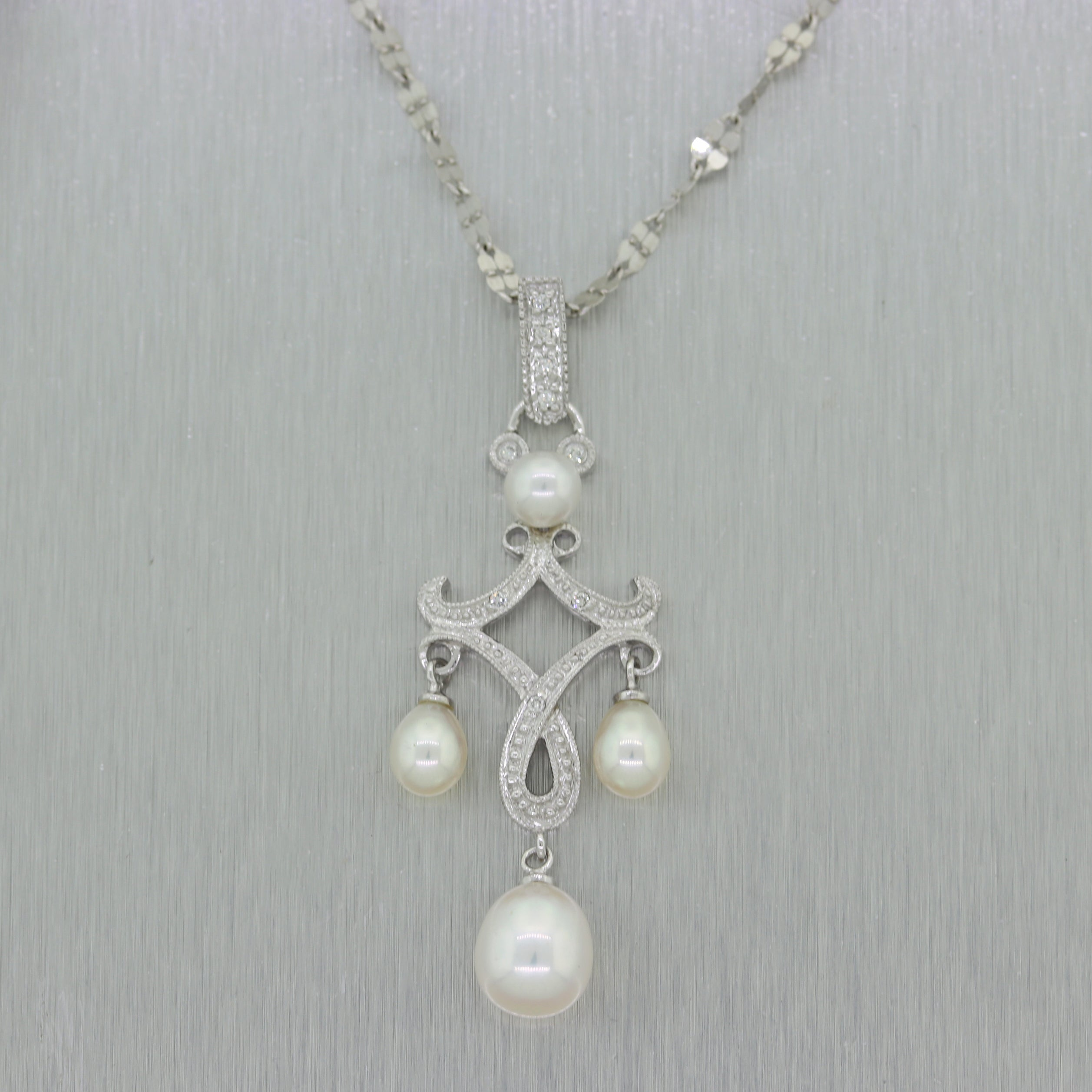 "Vintage Estate 14k White Gold Pearl & 0.05ct Diamond 18"" Necklace"