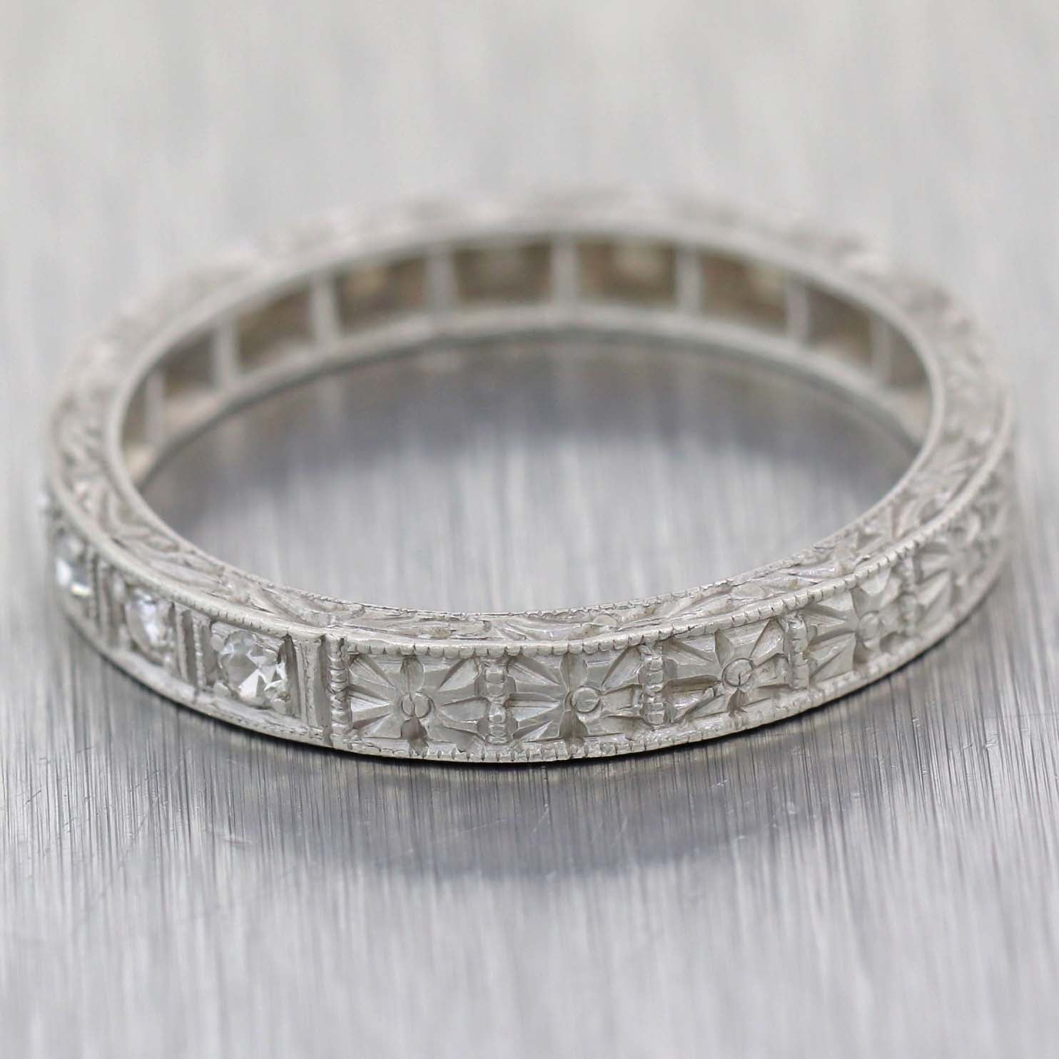 1920s Antique Art Deco Estate Platinum .10ctw Diamond 2mm Wedding Band Ring