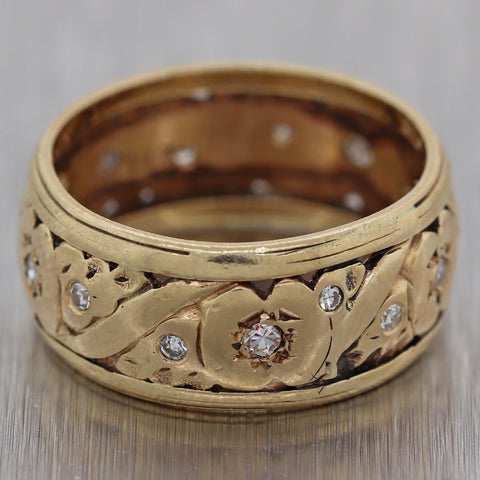1930 Antique Art Deco 14k Yellow Gold 0.20ctw Diamond Engraved Wedding Band Ring