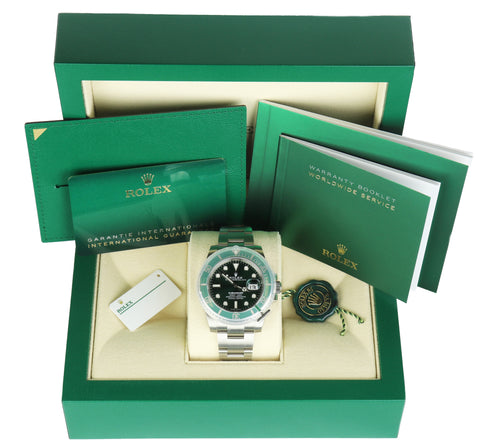 NEW JULY 2020 Rolex HULK Submariner Date 116610 LV Green Ceramic Stainless Watch