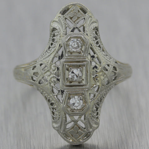 1930's Antique Art Deco 18k White Gold 0.10ctw Diamond Filigree Ring