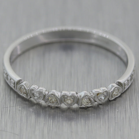 1930's Antique Art Deco 18k White Gold 0.10ctw Diamond Heart Wedding Band Ring