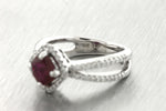 Lovely Ladies Estate 18K 750 White Gold 1.22ctw Pink Rhodolite Diamond Ring