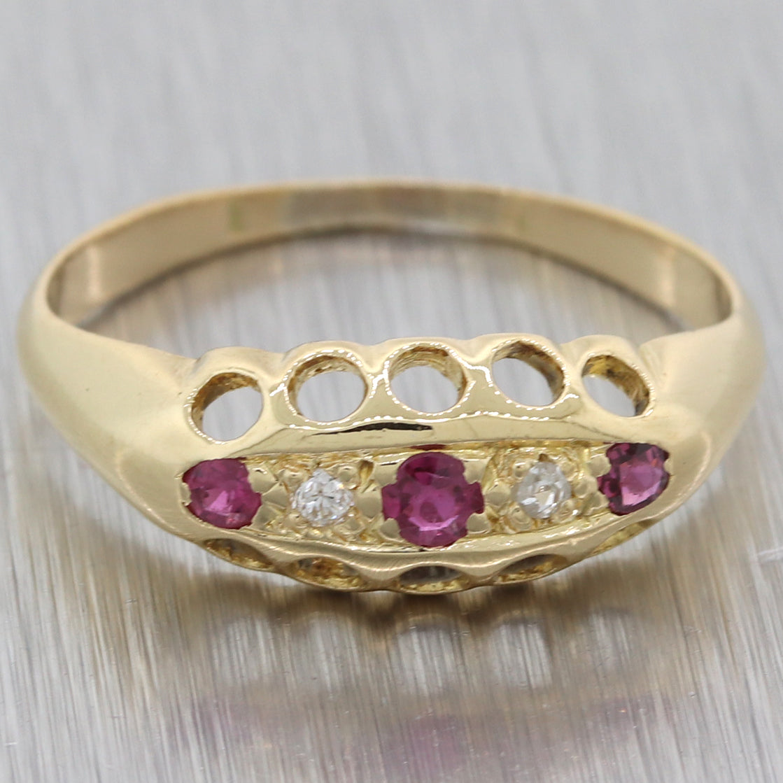 1880s Antique Victorian Estate 14k Yellow Gold Ruby Diamond Band Ring Y8
