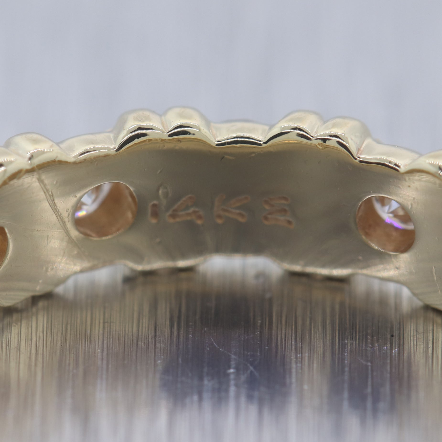 Vintage Estate 14k Yellow Gold 1ctw Diamond Eternity Wedding Band Ring